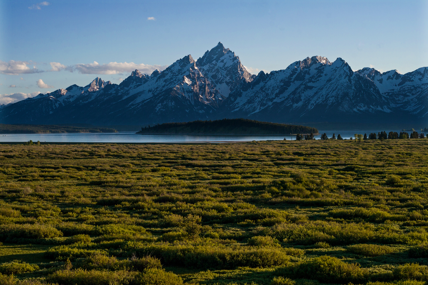Grand-Tetons-View-Jackson-Lake-Lodge