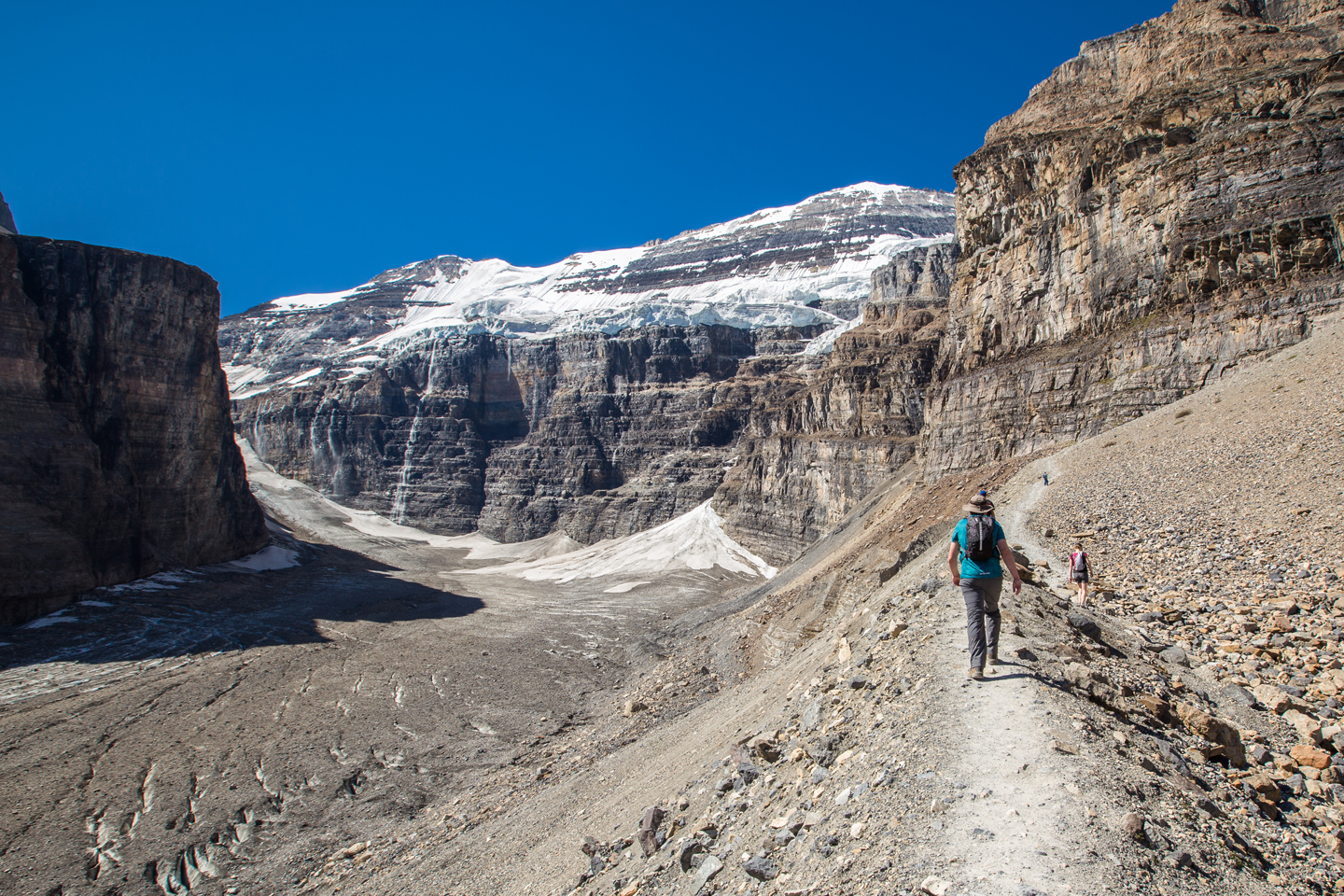 plain-of-six-glaciers-hike-trail-brian