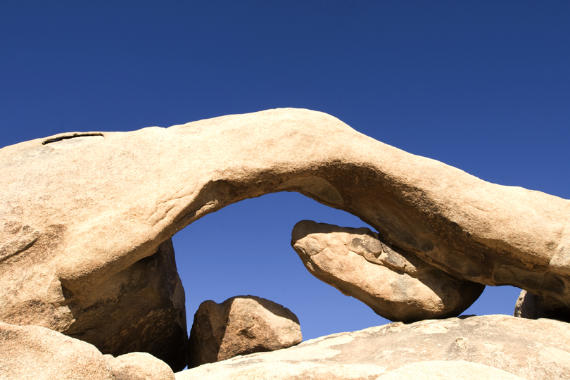 arch-rock-4-Joshua-Tree