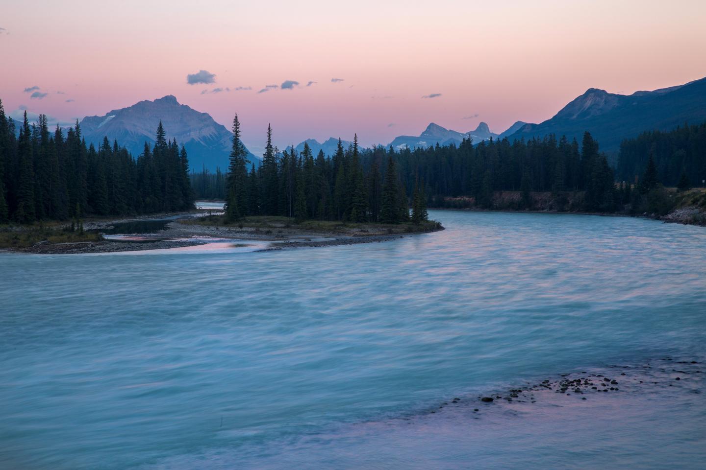 alberta-jasper-sunset-athabasca-river