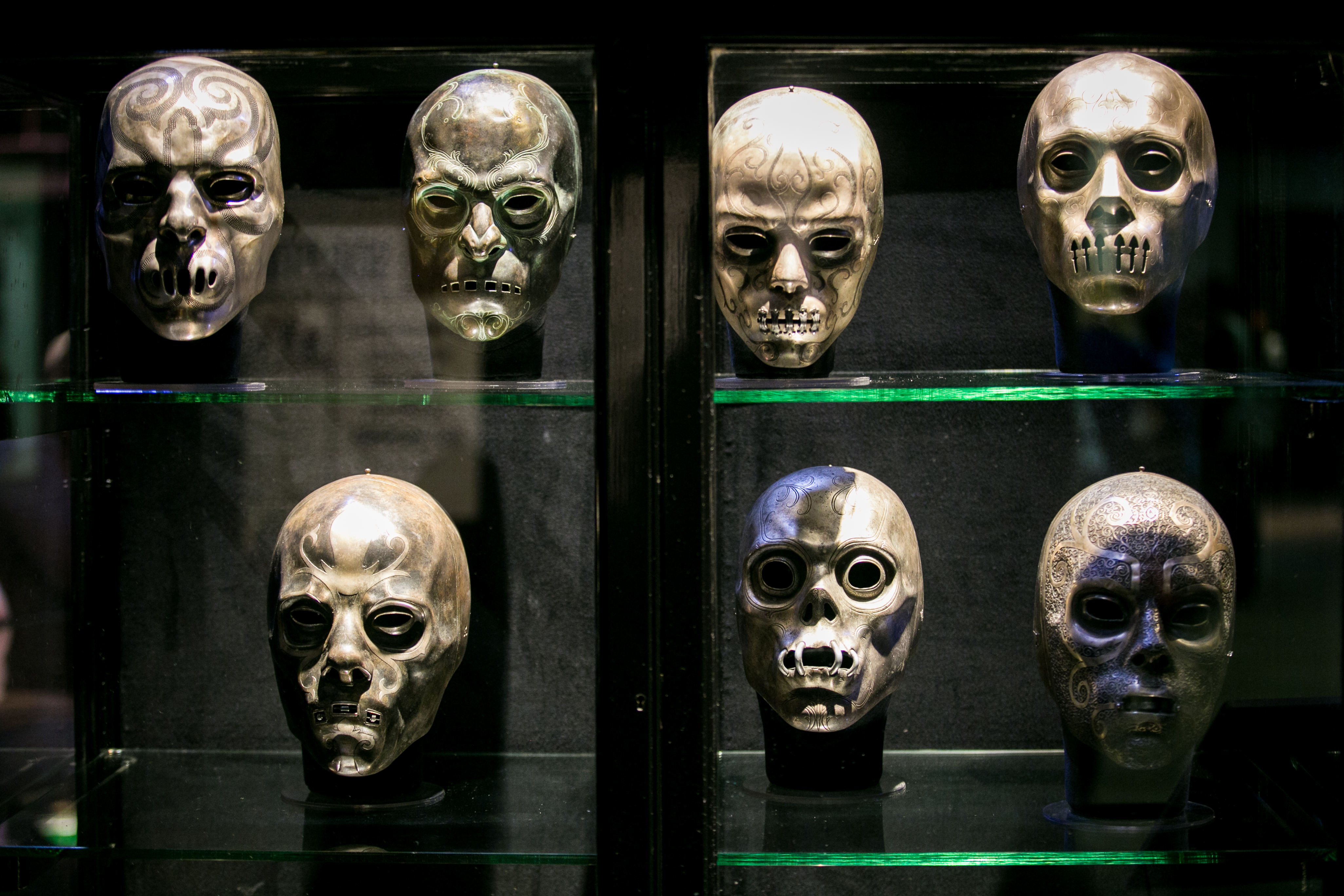 harry-potter-studio-tour-dark-arts-skulls
