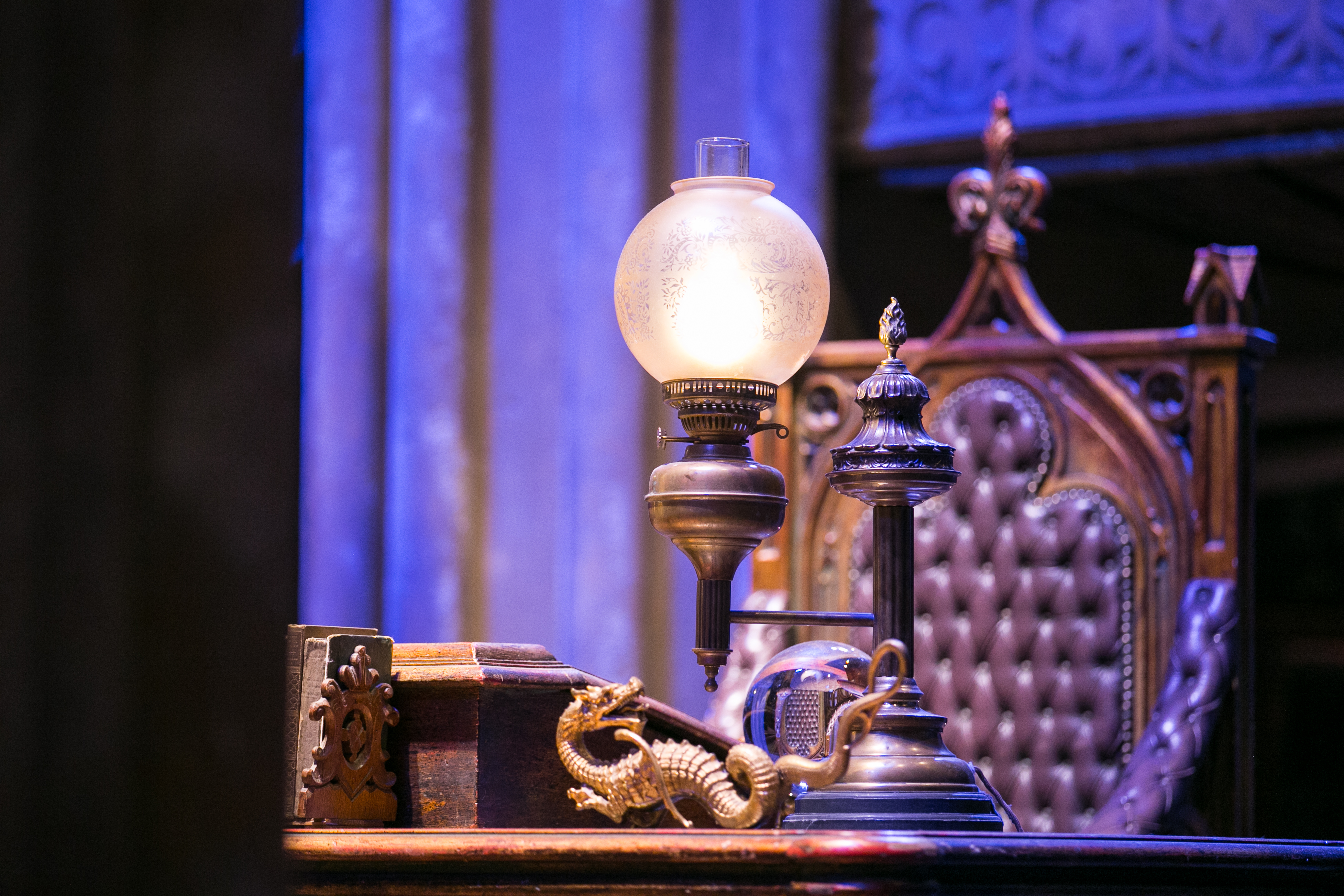harry-potter-studio-tour-dumbledore-desk-detail