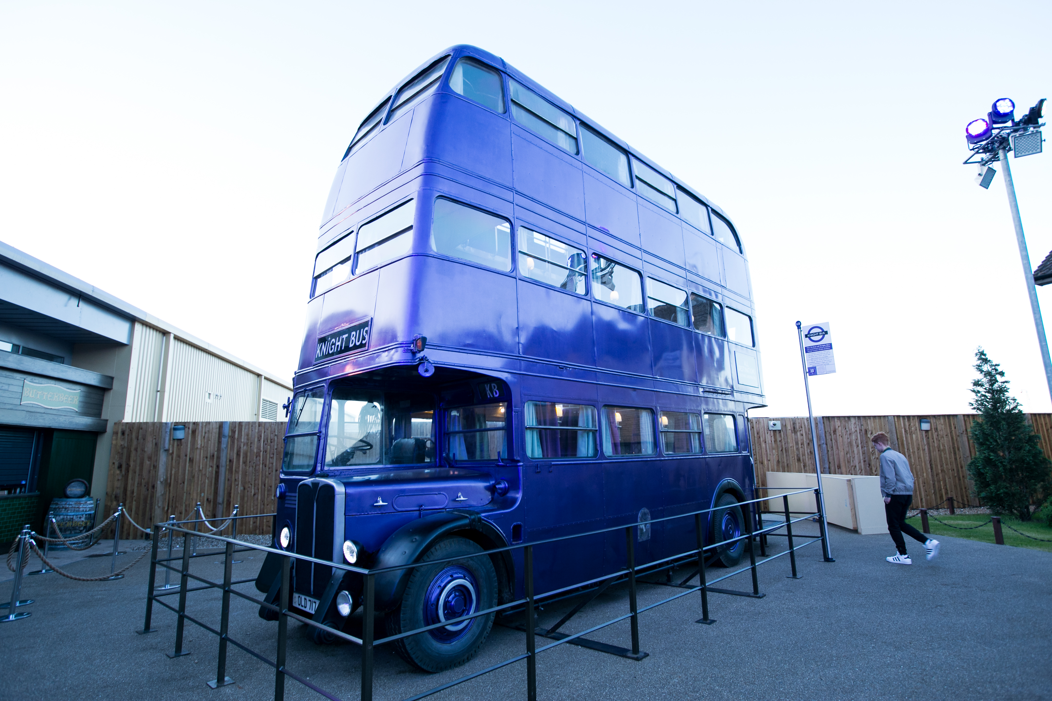 harry-potter-studio-tour-knight-bus-wide