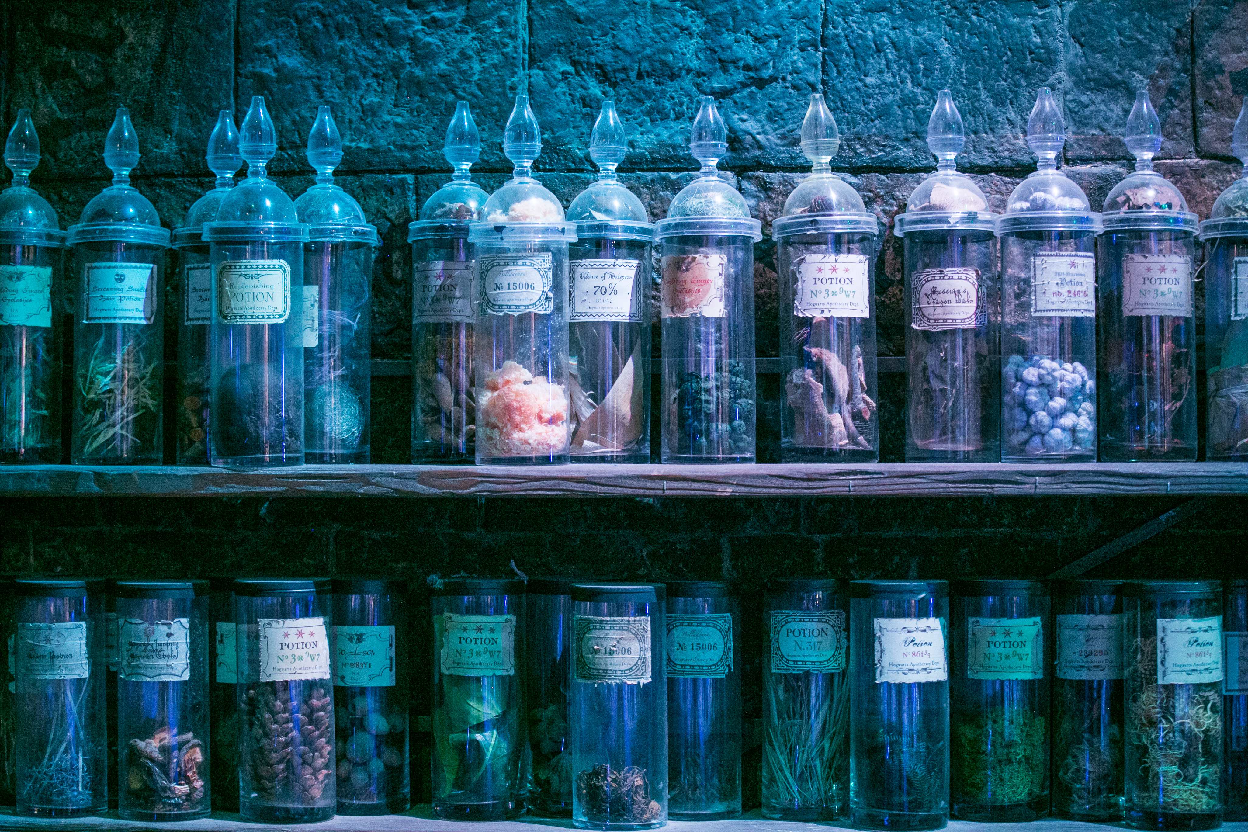 harry-potter-studio-tour-potions-bottles