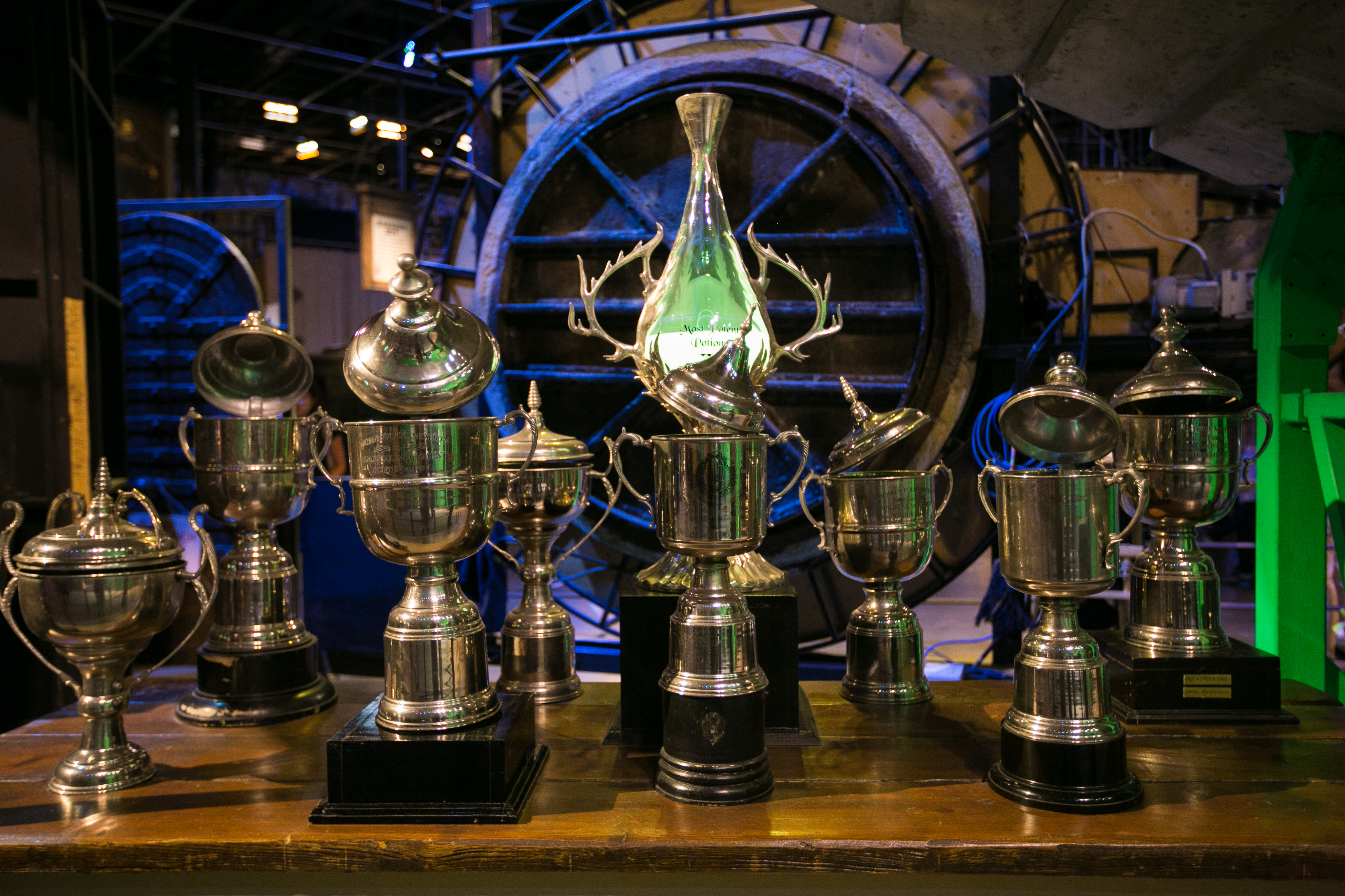 harry-potter-studio-tour-tropheys