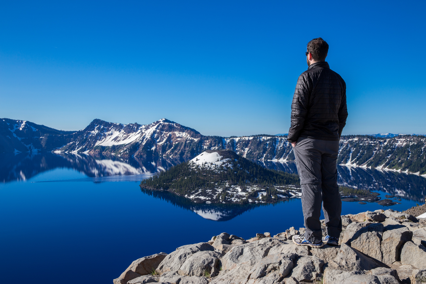 crater-lake-sunrise-wizard-brian