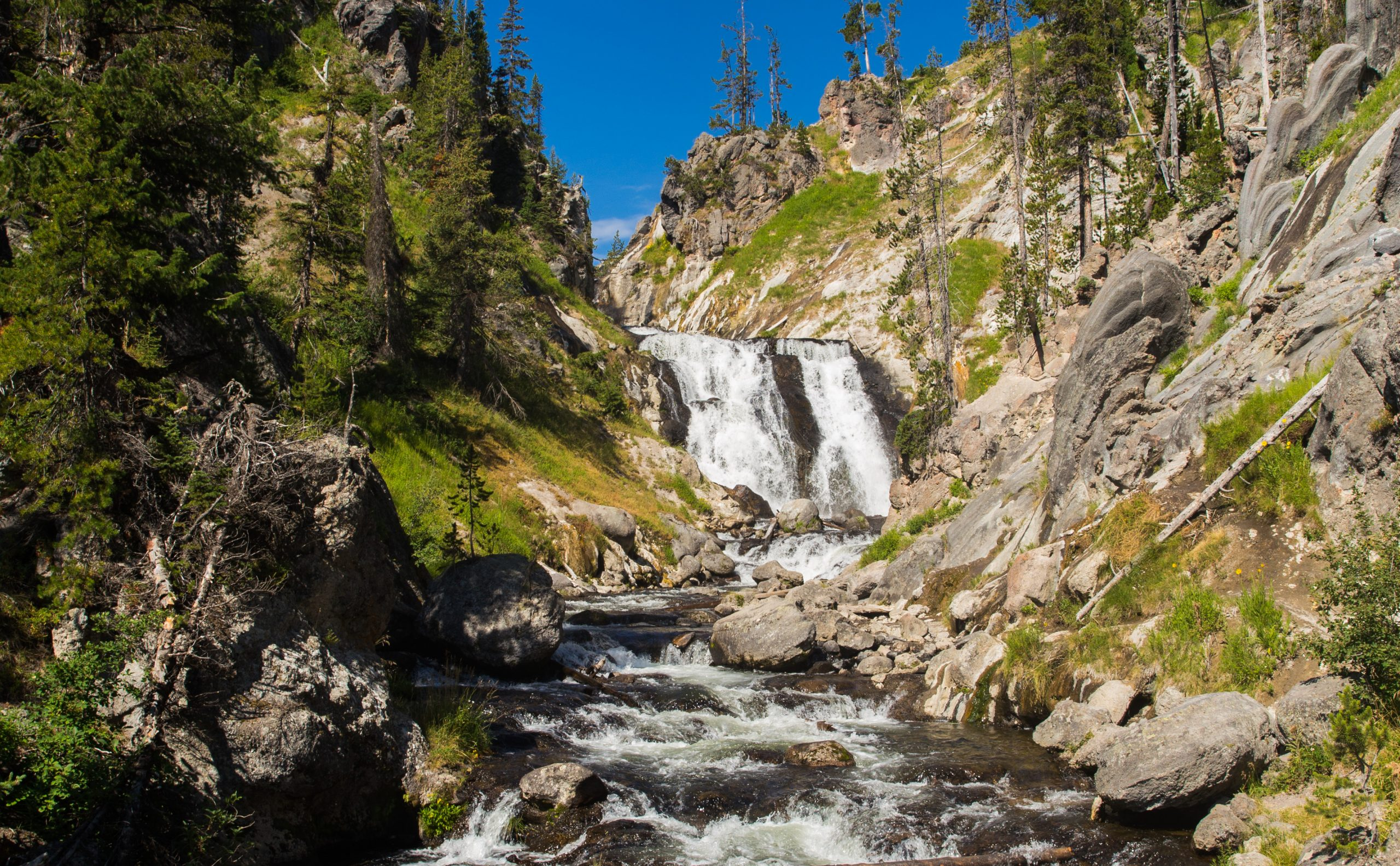 Hiking to Mystic Falls | Yellowstone National Park