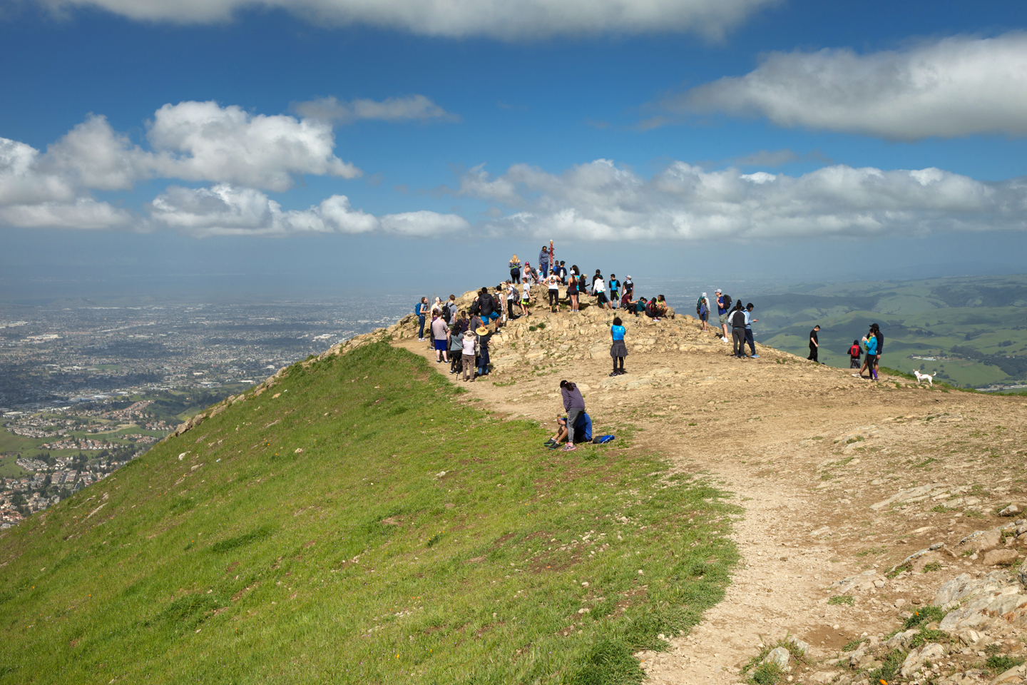 Hiking Mission Peak | Bay Area California