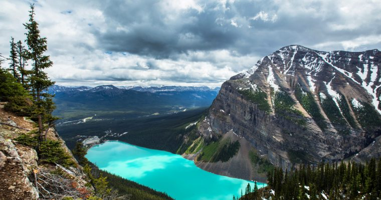 Hiking to Lake Agnes & the Big Beehive | Banff National Park