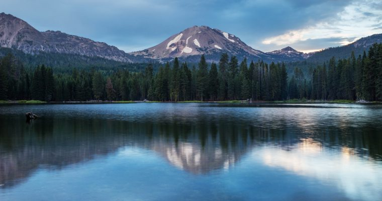 Hiking Lassen Peak | Lassen Volcanic National Park