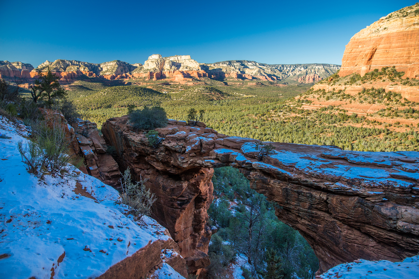 Hiking Devil's Bridge | Sedona, Arizona