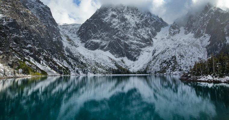 Hiking to Colchuck Lake | Alpine Lakes Wilderness