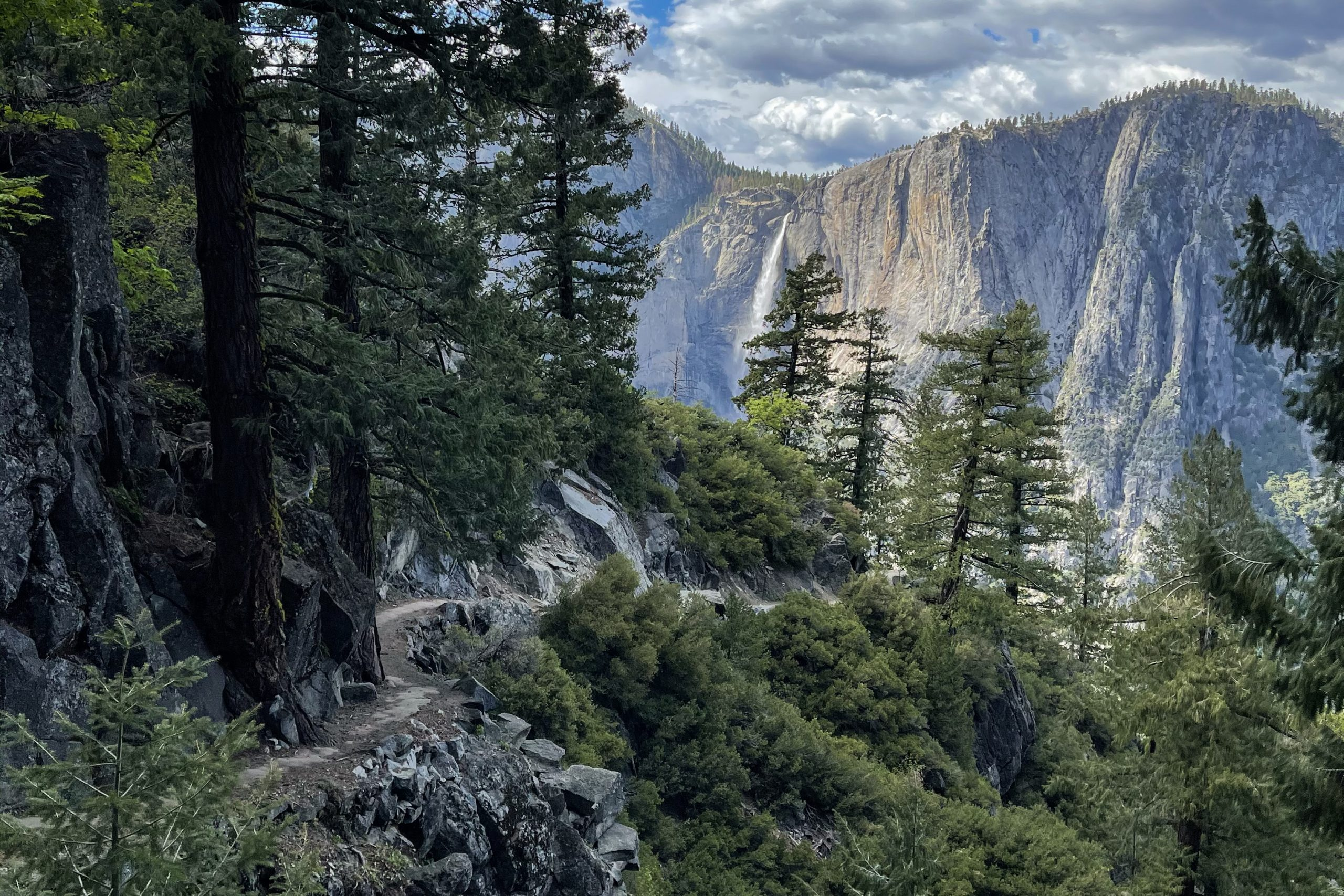 Hiking the Four Mile Trail | Yosemite National Park